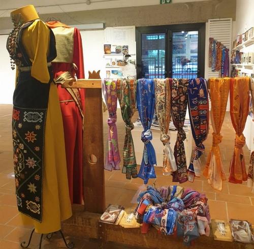 Arte Tessile ed emancipazione femminile dall'Armenia alla Sardegna